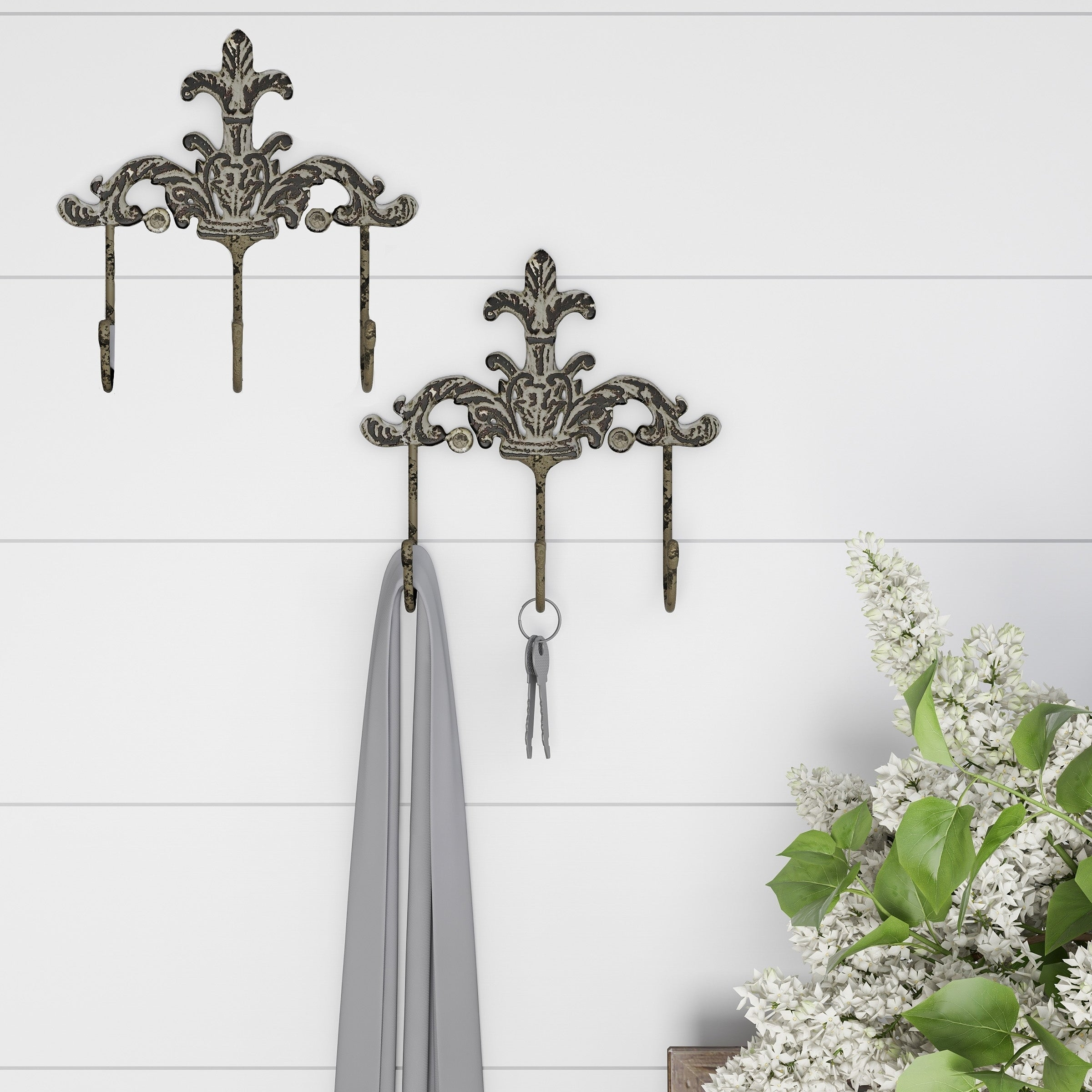 1 Cast Iron FLEUR DE LIS TRIPPLE hook Coat Hat Rack Towel