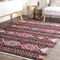 nuLOOM Red Flatweave Wool Southwestern Tribal Aztec Tassel Area Rug - 4' x 6'