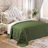 Microfiber Embroidered King Quilt Forest Green