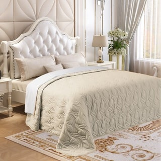 Microfiber Embroidered Full/Queen Quilt Ivory
