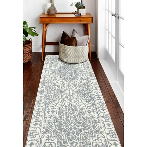 Abena Transitional Hand Tufted Area Rug