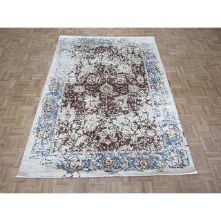 "Hand Knotted Brown Modern with Wool & Silk Oriental Rug (5'9"" x 8') - 5'9"" x 8'"