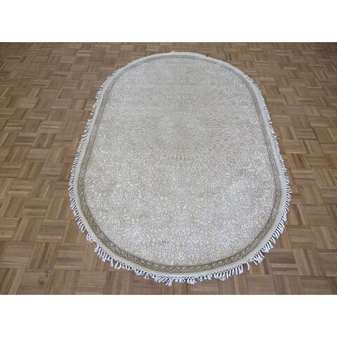 "Hand Knotted Beige Tone on Tone Tabriz with Wool & Silk Oriental Rug (4'11"" x 7'10"") - 4'11"" x 7'10"""