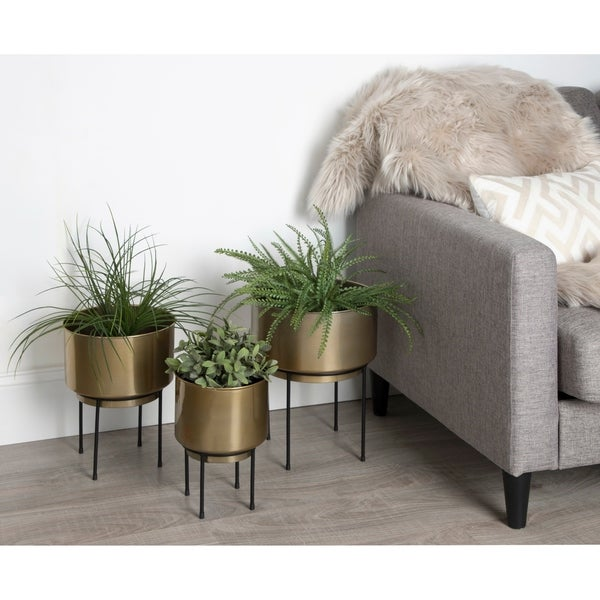 Kate and Laurel Indya Metal Round Planter with Stand