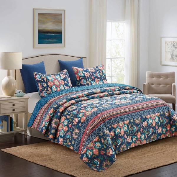 Picadilly Floral Medallion Reversible 3 Piece Quilt Set