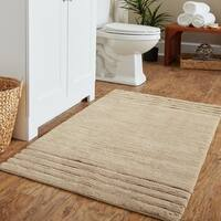 Mohawk Home Empress Bath Rug (2'6 x 4'2) in Parchment (As Is Item)