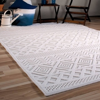 "Orian Rugs Boucle Indoor/Outdoor Coastal Diamond Natural Area Rug - 7'9"" x 10'10"""