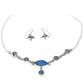 Handmade Serene Chalcedony Necklace and Earring Set (India)