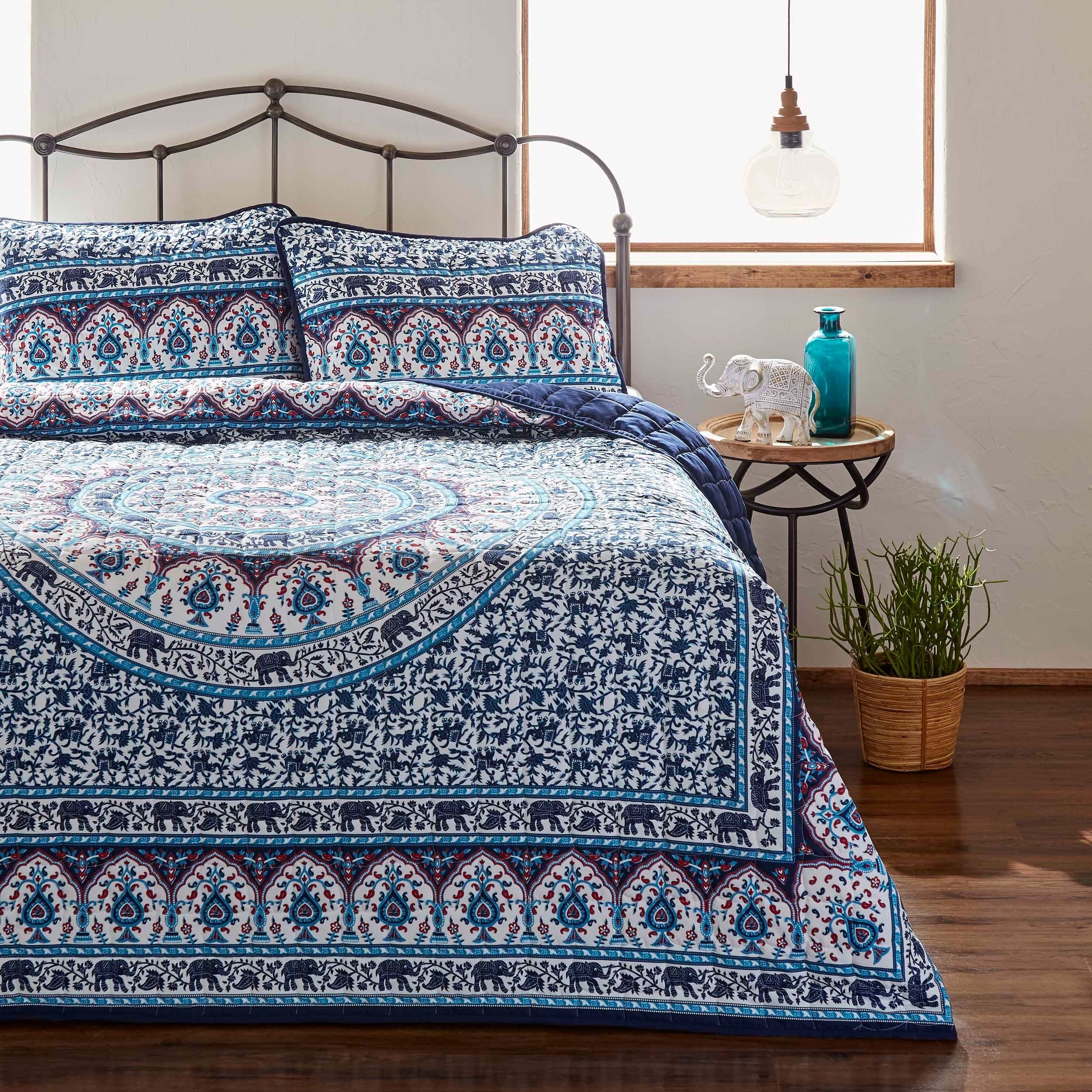 Navy King Azalea Skye Amena Quilt Set