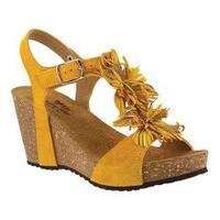 Women's Spring Step Izetta T Strap Sandal Yellow Suede