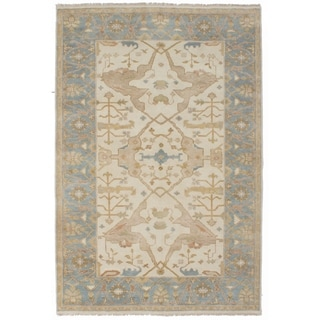 ECARPETGALLERY  Hand-knotted Royal Ushak Cream Wool Rug - 6'0 x 8'11