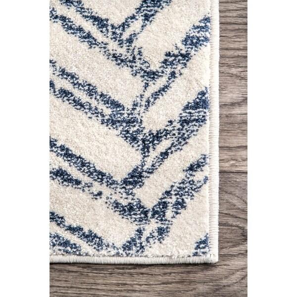 Nu Loom Blue Contemporary Vintage Ombre Aztec Nina Trellis Print Area Rug by Nuloom