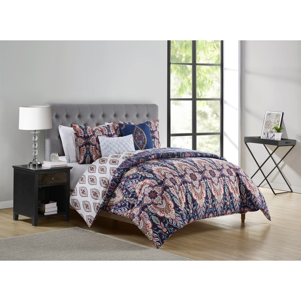 VCNY Home Kensington Reversible Damask Duvet Cover Set