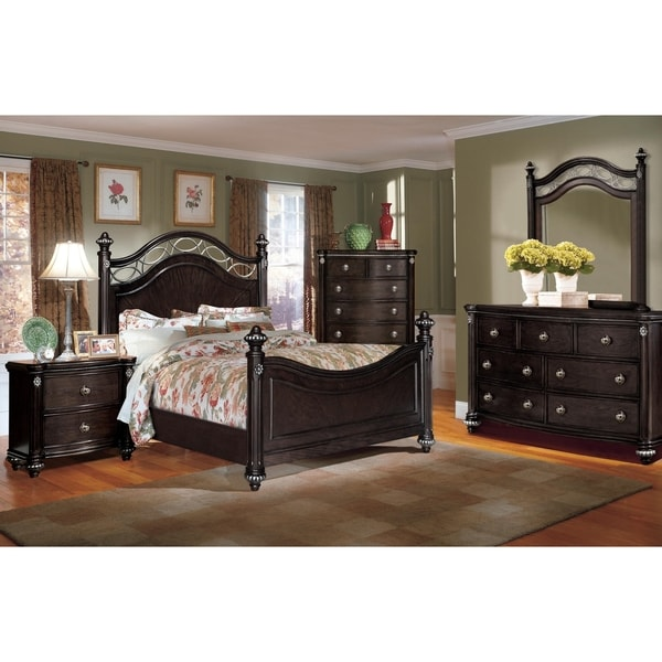 Victoria Low Post Bedroom Set By Greyson Living