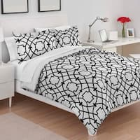 Utica Donna Black & White Comforter Set