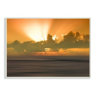 The Stupell Home Décor Collection Hawaii Kauai Bright Orange Sun Radiance Ocean Wall Plaque Art, Proudly Made in USA