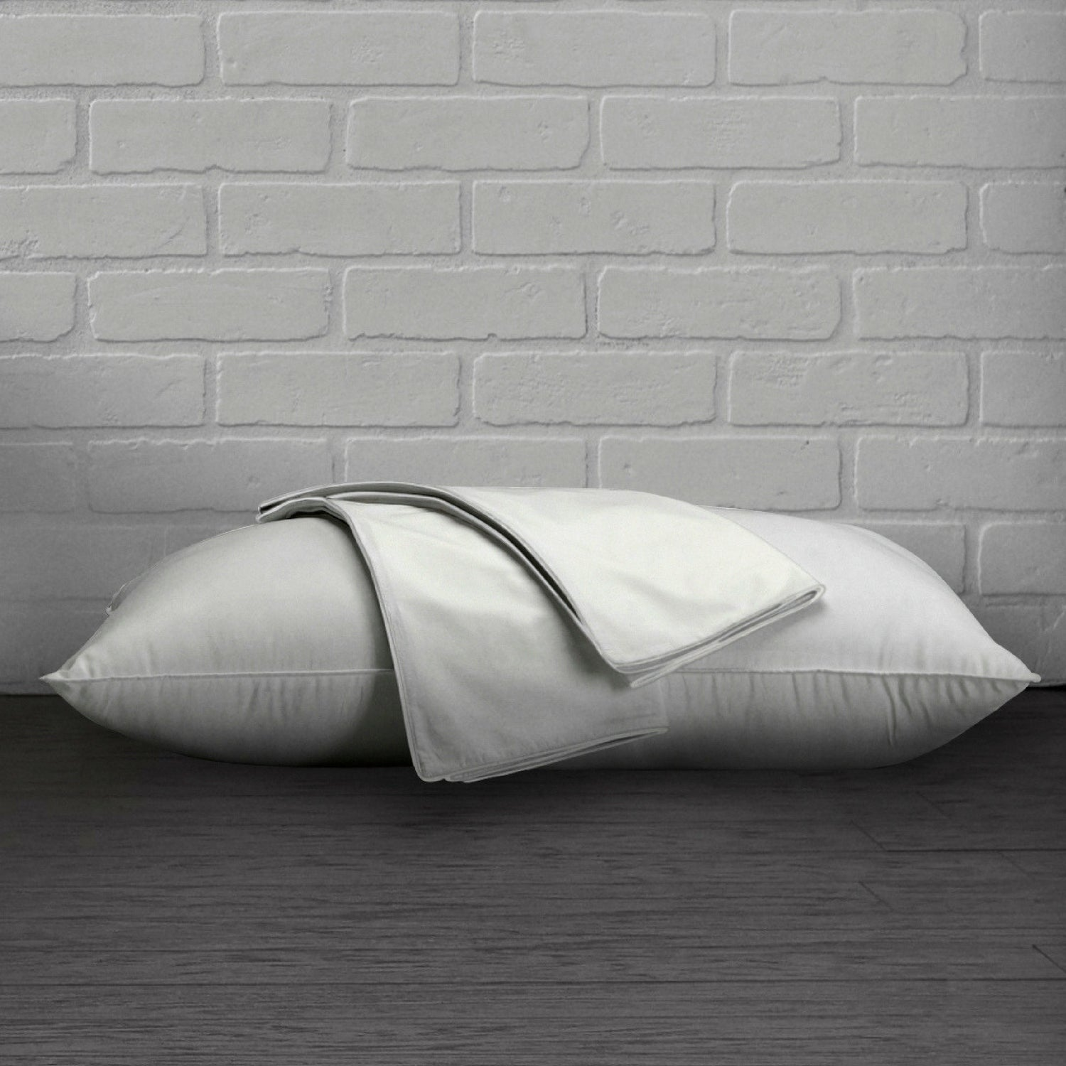 100/% Cotton Percale 200 Thread Count Anti Microbial Pillow Protector Set of 2