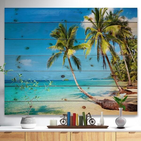 Designart 'Tropical Beach' Photography Seascape Print on Natural Pine Wood - Green