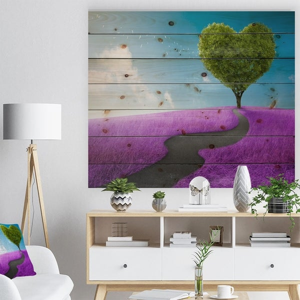 Designart 'Heart Tree Abstract' Abstract Print on Natural Pine Wood - Green