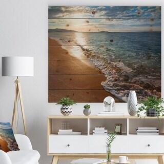 Designart 'Gili Island Tropical Beach' Seashore Print on Natural Pine Wood - Blue
