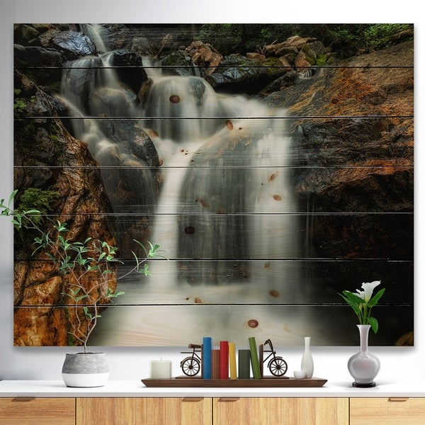 Designart 'Slow Motion Waterfall on Rocks' Landscape Print on Natural Pine Wood - Multi-color