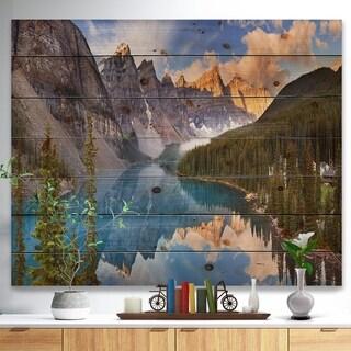 Designart 'Moraine Lake in Banff Park Canada' Landscape Print on Natural Pine Wood - Multi-color