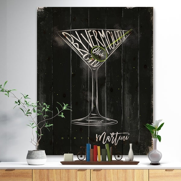 Designart 'Dirty martini cocktail chalk color' Food Painting Print on Natural Pine Wood - Black