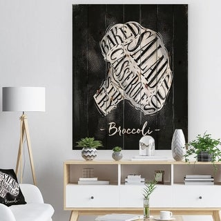 Designart 'Broccoli cutting scheme chalk' Farmhouse Food Painting Print on Natural Pine Wood - Black