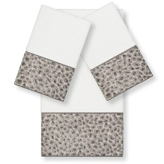 Authentic Hotel and Spa Turkish Cotton Cheetah Jacquard Trim White 3-piece Towel Set