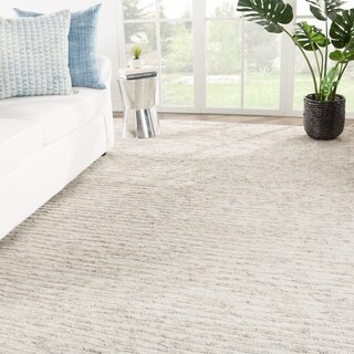 Roscoe Hand-Knotted Solid Ivory/ Gray Area Rug - 7'10 x 11'