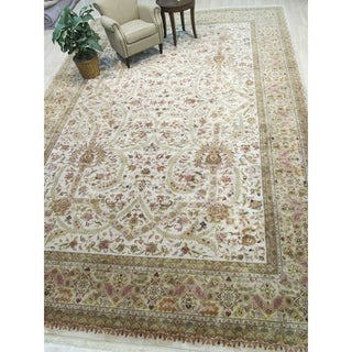 Hand-knotted Wool Ivory Traditional Oriental Tabriz Rug - 12' X 18'