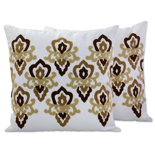 Handmade Cool Awakening Cotton/Acrylic Thread Cushion Cover Pair India