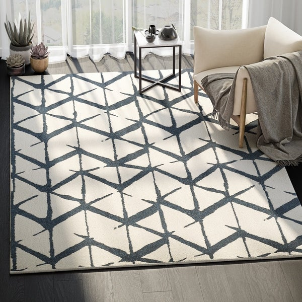 Modern Indoor Ivory Abstract Laguna Rug