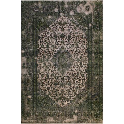 "Vintage Distressed Rea Ivory/Green Wool Rug (8'0 x 11'0) - 8'0"" x 11'0"""