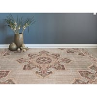 "Ethereal Vintage Beige/ Orange Area Rug - 7'6"" x 9'6"""