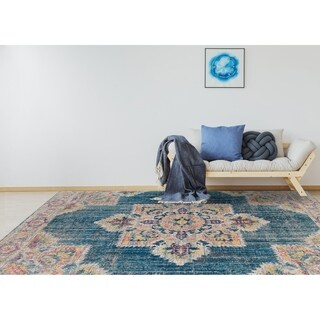 """Wilton-Woven Erethral Teal Blue Power-Loomed Accent Rug - 2'1"""" x 3'1"""""""
