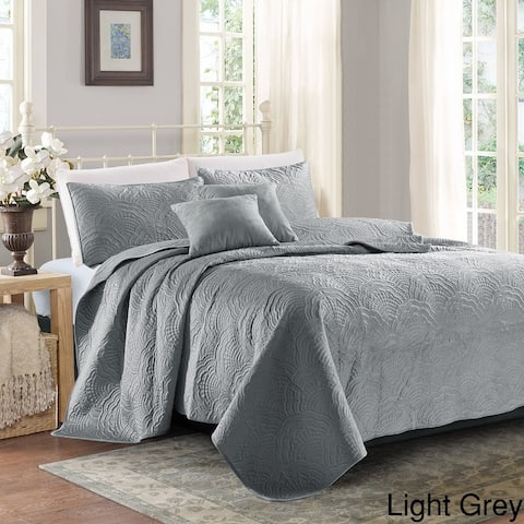 Sherry Kline Shell 3-piece Luxury Embroidered Velvet Quilt Set