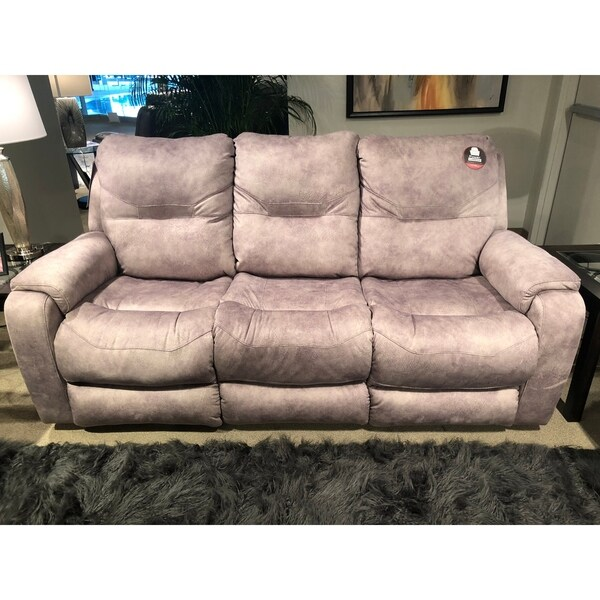 Southern Motion\'s Royal Flush Double Reclining Sofa