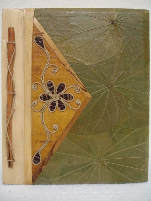 Handmade Flower Triangle Photo Album (Indonesia)