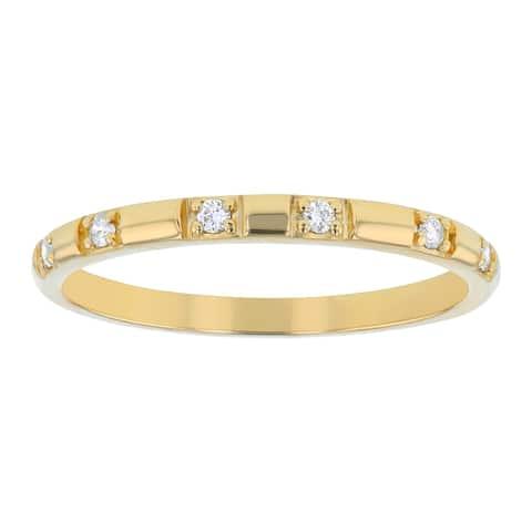10K Yellow Gold 1/10ct. Diamonds Women's Wedding Band Ring by Beverly Hills Charm