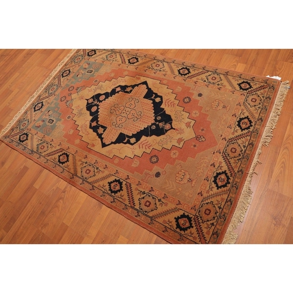 Shop Classical Kashan Medallion Hand Knotted Persian Wool: Shop Medallion Serapi Hand-Knotted Wool Persian Area Rug