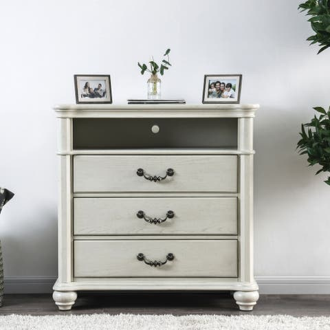 Gracewood Hollow Taronatsi Antique White 3-drawer TV Stand