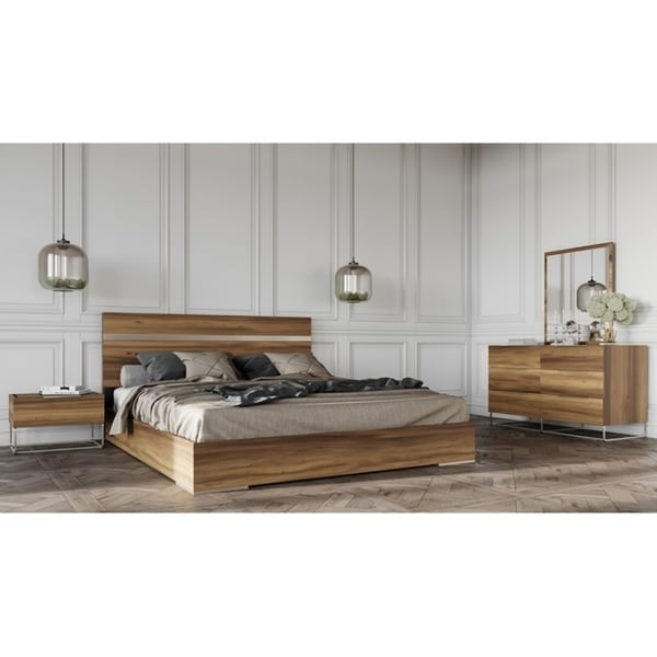 Shop Mazzini Italian Modern Light Oak Bedroom Set - Free Shipping ...
