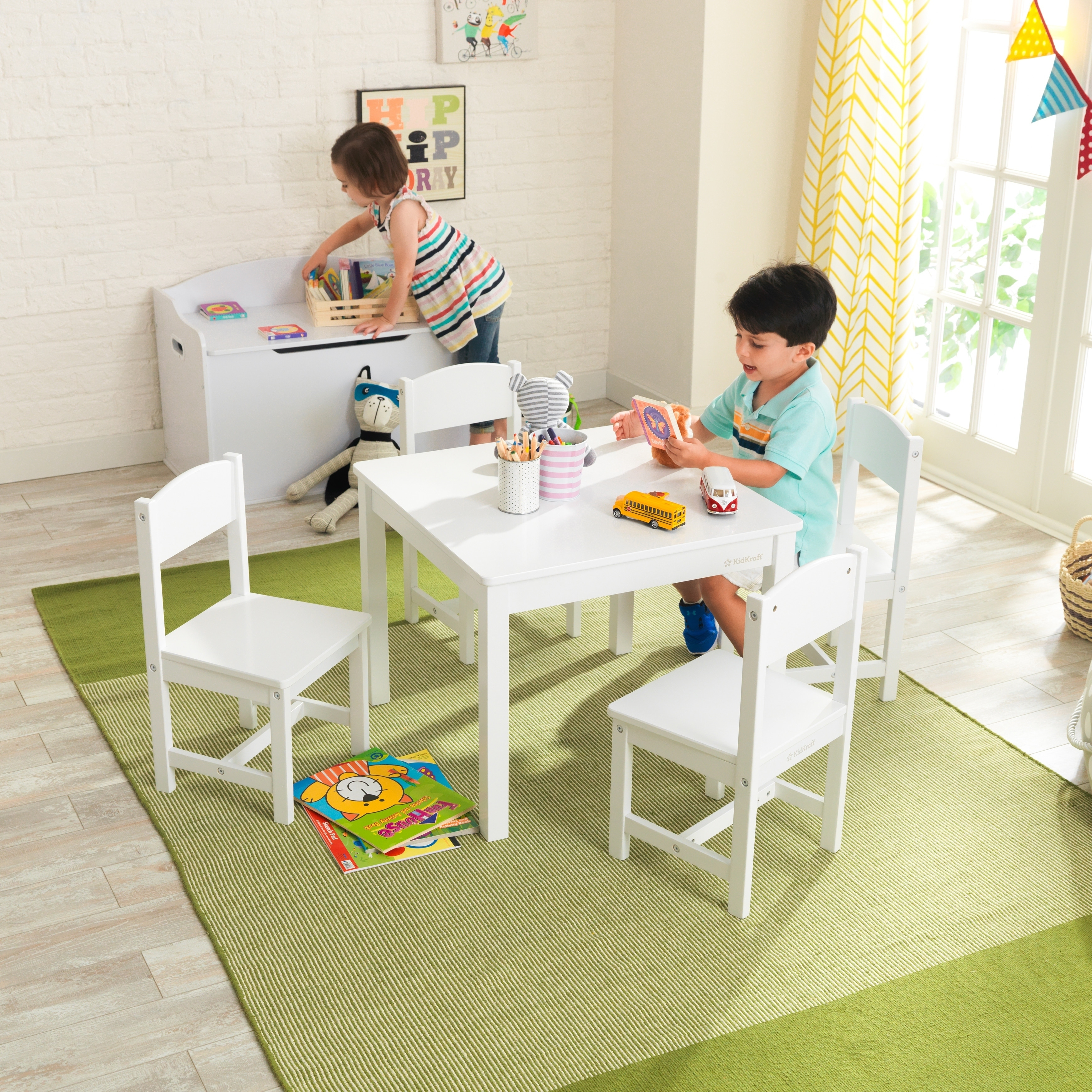 Picture of: Kidkraft Farmhouse Table 4 Chairs Set White Overstock 23465627