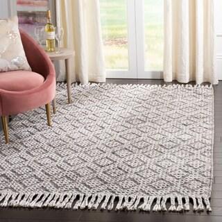 Safavieh Handmade Natura Sanija Wool Fringe Rug