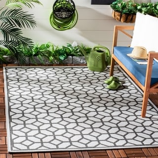 Safavieh Beach House Nonie Indoor/ Outdoor Rug
