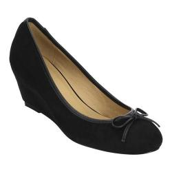 Women's Beston Cactus-1 Wedge Heel Pump Black Faux Suede