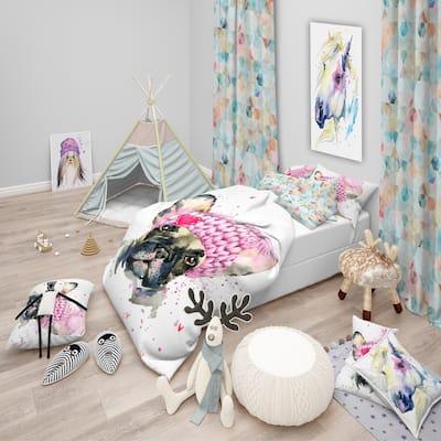 Designart 'French Bulldog with Pink Hat' Modern & Contemporary Bedding Set - Duvet Cover & Shams