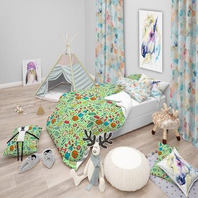 Designart 'Diet Green Pattern' Modern kids Bedding Set - Duvet Cover & Shams