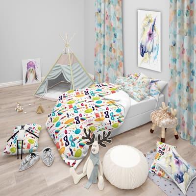 Designart 'Celebration Pattern with Carnival Icons & Objects' Modern kids Bedding Set - Duvet Cover & Shams